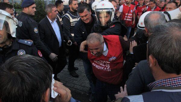 Birleşik Metal İş Genel Başkanı gözaltına alındı - Sputnik Türkiye
