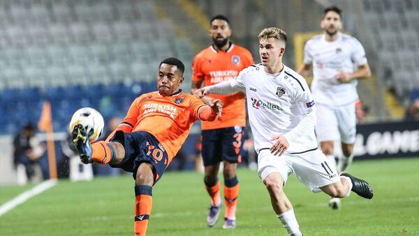 Avrupa kupalarında gruplarda ilk galibiyet Medipol Başakşehir'den - Sputnik Türkiye