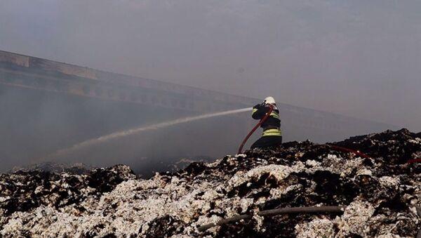 Aydın'da pamuk deposunda yangın: 2 bin ton pamuk kül oldu - Sputnik Türkiye