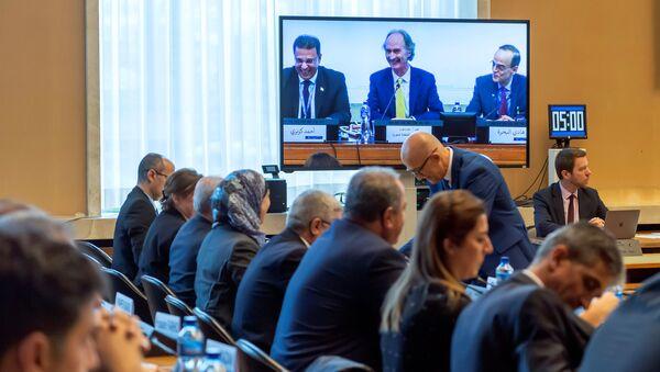 Suriye Anayasa Komitesi BM Cenevre ofisinde toplandı - Sputnik Türkiye