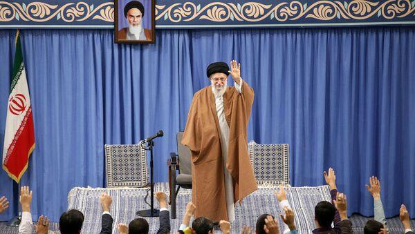 İran lideri AliHamaney - Sputnik Türkiye