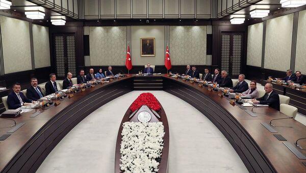 Cumhurbaşkanlığı Kabinesi, Türkiye Cumhurbaşkanı Recep Tayyip Erdoğan başkanlığında Cumhurbaşkanlığı Külliyesi'nde toplandı. - Sputnik Türkiye