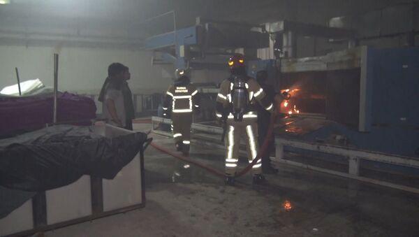 Bursa'da tekstil fabrikasında yangın - Sputnik Türkiye