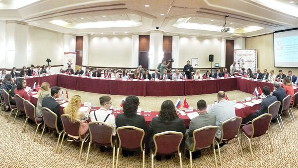 Antalya'da Rus-Türk Gençlik Forumu  - Sputnik Türkiye