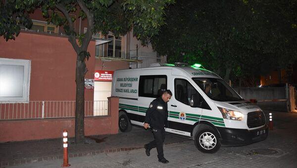 Adana'nın merkez Yüreğir ilçesinde iki aile arasında çıkan kavgada 1 kişi öldü, 1 kişi yaralandı. - Sputnik Türkiye