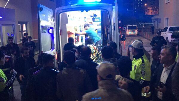 Batman'da askeri araç devrildi: 3'ü ağır 7 yaralı - Sputnik Türkiye