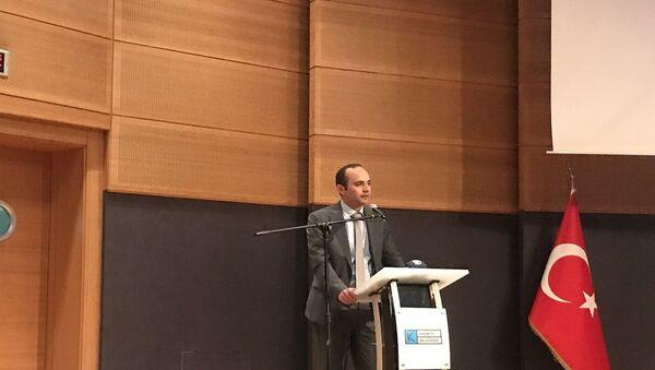 İBB Deprem Risk Yönetimi ve Kentsel İyileştirme Daire Başkanı Tayfun Kahraman - Sputnik Türkiye