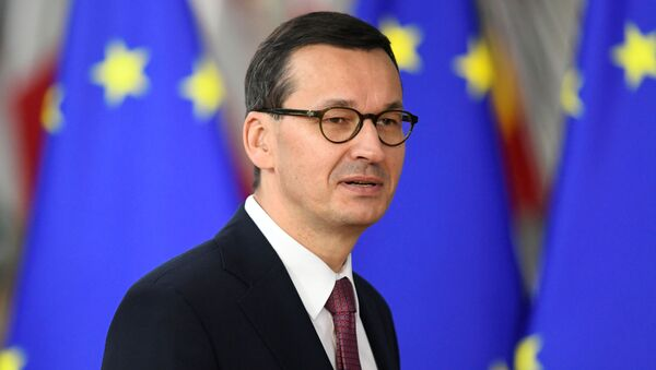 Polonya Başbakanı Mateusz Morawiecki AB liderler zirvesinde - Sputnik Türkiye