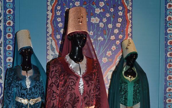 St.Petersburg Kültür Forumu kapsamında 'Çağdaş tasarımcıların gözünden Osmanlı kıyafetleri' sergisi düzenlenecek. - Sputnik Türkiye