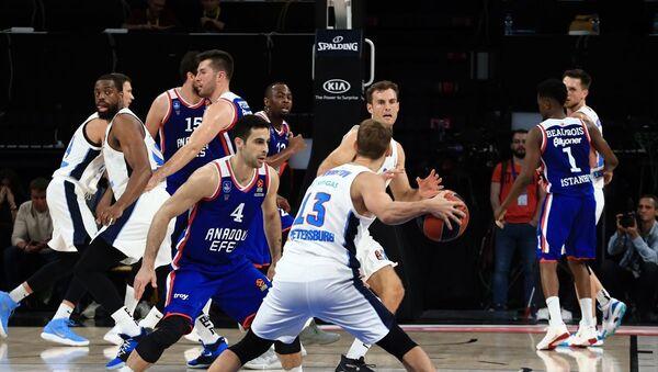 Anadolu Efes, Basketbol THY Avrupa Ligi 8. hafta maçında Rusya temsilcisi Zenit ile Sinan Erdem Spor Salonu'nda karşılaştı. - Sputnik Türkiye