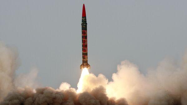 Pakistan'a ait Shaheen-I balistik füzesi - Sputnik Türkiye