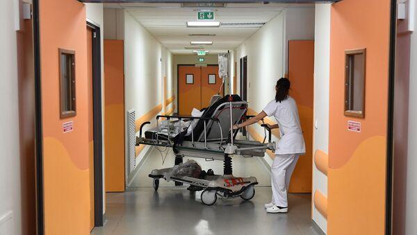Fransa- Hastane - Sputnik Türkiye