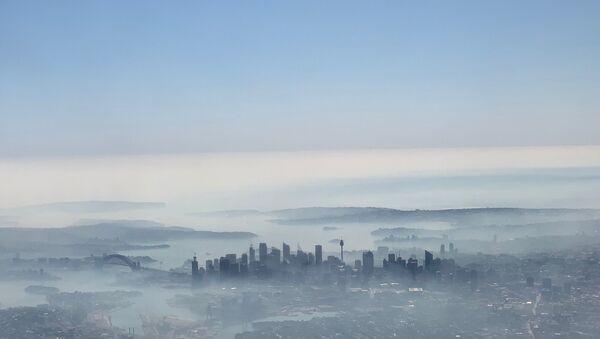 Avustralya'daki yangınlarda Sidney duman altında kaldı - Sputnik Türkiye