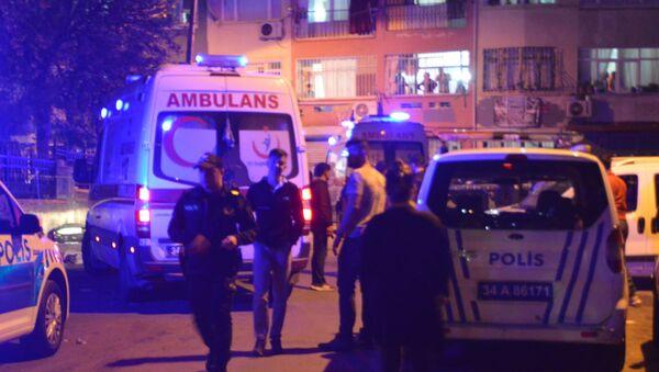 Beyoğlu'nda bir baba önce oğlunu, sonra komiser yardımcısını vurdu - Sputnik Türkiye