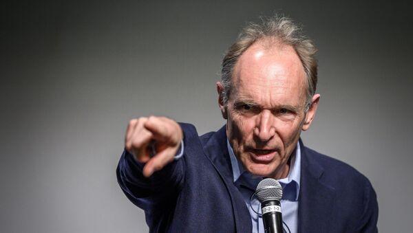 Web'in mucidi olarak anılan Tim Berners-Lee - Sputnik Türkiye