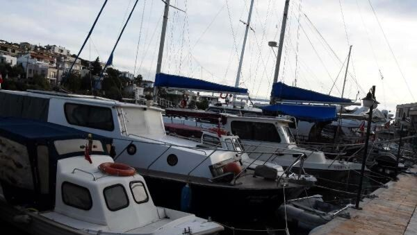 İnce'nin 'Yazın tatil yaptılar' dediği teknenin sahibi konuştu - Sputnik Türkiye