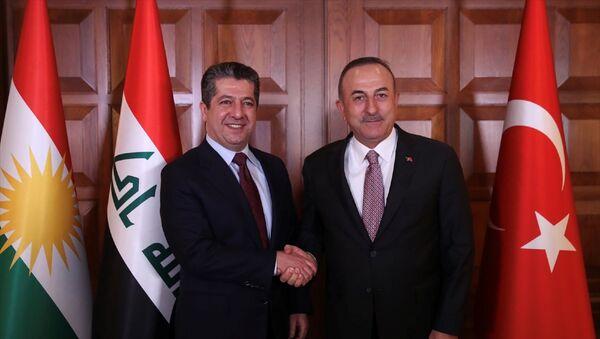 Dışişleri Bakanı Mevlüt Çavuşoğlu, IKBY Başbakanı Mesrur Barzani ile Dışişleri Bakanlığı Resmi Konutu'nda görüştü. - Sputnik Türkiye