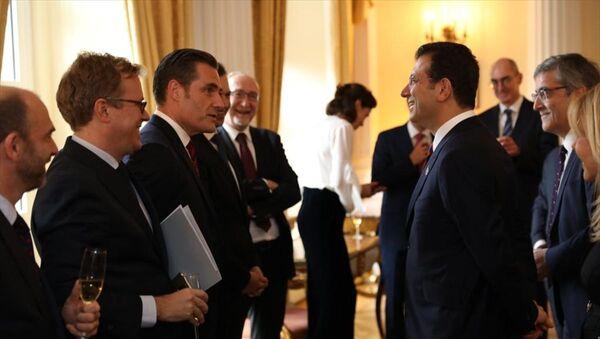 Ekrem İmamoğlu, 10 ülkenin ticaret odası başkanıyla buluştu - Sputnik Türkiye