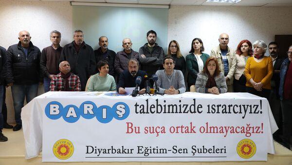 Barış Akademisyenler - Sputnik Türkiye