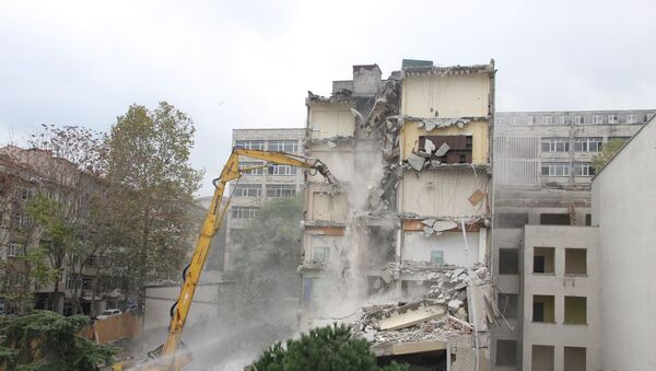 Çapa Diş Hekimliği Fakültesi'nde yıkım  - Sputnik Türkiye