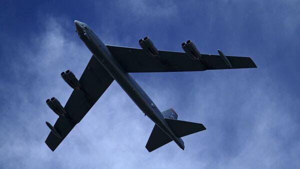 Стратегический бомбардировщик ВВС США B-52H - Sputnik Türkiye