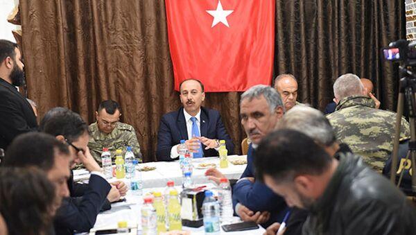 Vali Erin: Telabyad ve Resulayn'da 4 bin yerel polis göreve başlayacak - Sputnik Türkiye