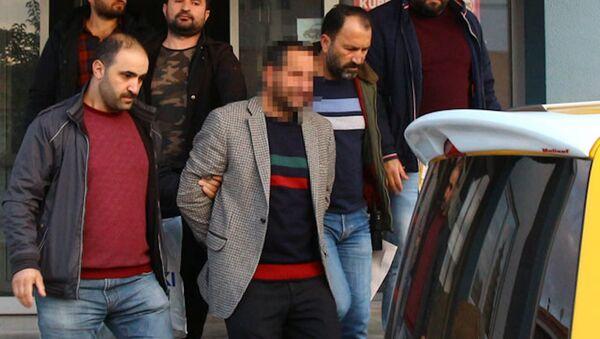 Kızlarına cinsel istismarda bulunan baba tutuklandı - Sputnik Türkiye