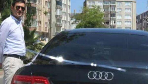 Bafra Belediyesi Başkan Yardımcısının, şoförünü kapısını açmadığı gerekçesiyle işten attığı öne sürüldü. - Sputnik Türkiye