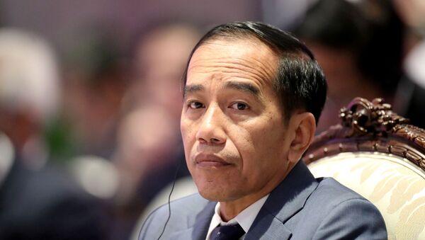 Endonezya Devlet Başkanı Joko Widodo  ASEAN liderler zirvesinde, 3 Kasım 2019 - Sputnik Türkiye