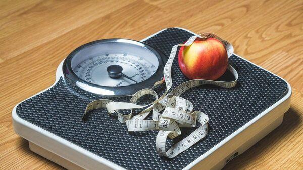 Kilo – kilo verme  - şişmanlık – diyet – tartı - - Sputnik Türkiye