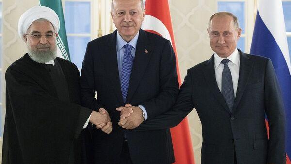 Hasan Ruhani- Recep Tayyip Erdoğan- Vladimir Putin - Sputnik Türkiye