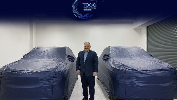 Sanayi ve Teknoloji Bakanı Mustafa Varank, yerli otomobile dair bu görseli paylaşmıştı. - Sputnik Türkiye
