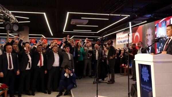 Türk Metal Sendikası genel başkanı Pevrul Kavlak - Sputnik Türkiye
