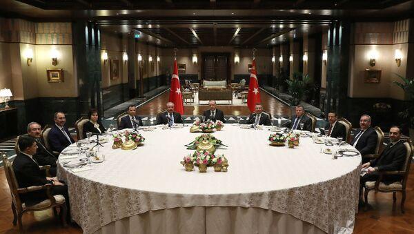 Cumhurbaşkanı Erdoğan'dan yasama, yürütme ve yargı temsilcilerine yemek - Sputnik Türkiye