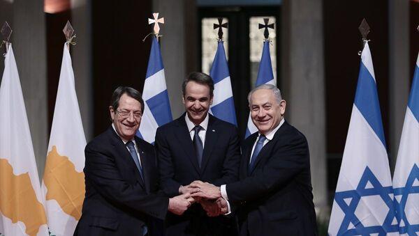 Yunanistan'ın başkenti Atina'da Kıbrıs, Yunanistan ve İsrail arasında Eastmed (Doğu Akdeniz doğal gaz boru hattı) projesinin inşası için anlaşma imzalandı. - Sputnik Türkiye