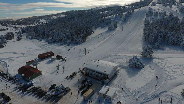 Salda Kayak Merkezi, törenle sezonu açtı. - Sputnik Türkiye