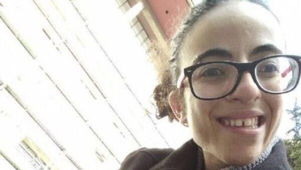İstanbul Üniversitesi Türk Dili ve Edebiyatı bölümü 3. sınıf öğrencisi Sibel Ünli - Sputnik Türkiye