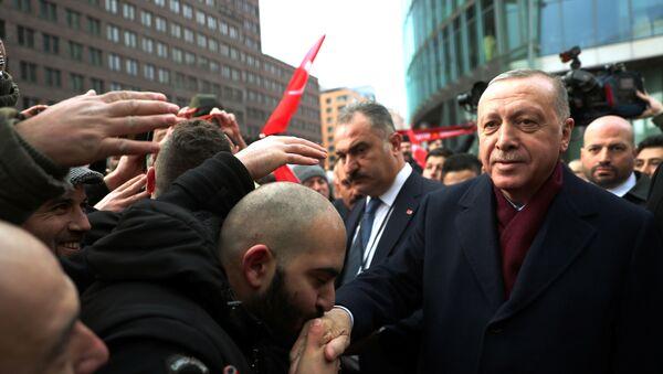 Cumhurbaşkanı Recep Tayyip Erdoğan, Libya konferansına katılmak için gittiği Almanya'nın başkenti Berlin'de - Sputnik Türkiye