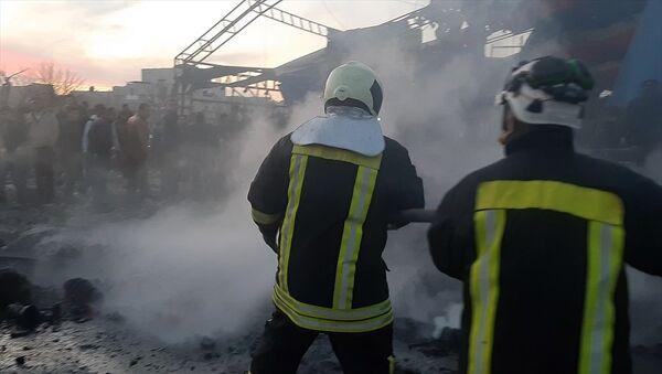 Azez'de bombalı saldırı - Sputnik Türkiye