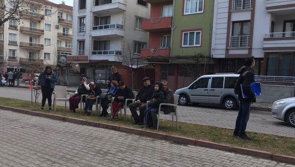 Manisa'nın Kırkağaç ilçesi deprem - Sputnik Türkiye