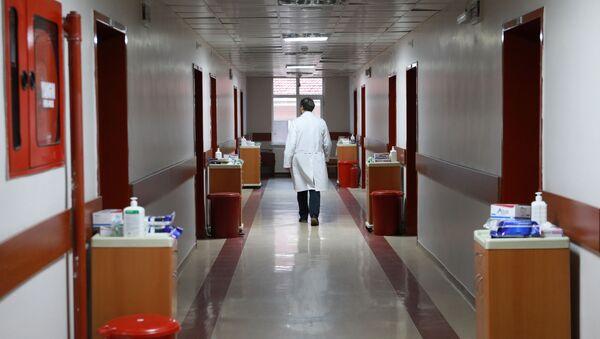Sağlık Bakanlığı, Çin'den tahliye edilerek Türkiye'ye getirilen 42 kişi için Dr. Zekai Tahir Burak Hastanesi'nde hazırlanan odaların görüntülerini paylaştı. - Sputnik Türkiye