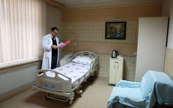 Zekai Tahir Burak Kadın Sağlığı Eğitim ve Araştırma Hastanesi'nde tek kişilik odalar özel olarak hazırlandı. - Sputnik Türkiye