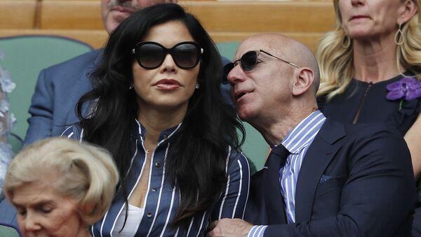 jeff Bezos ve sevgilisi Lauren Sanchez - Sputnik Türkiye