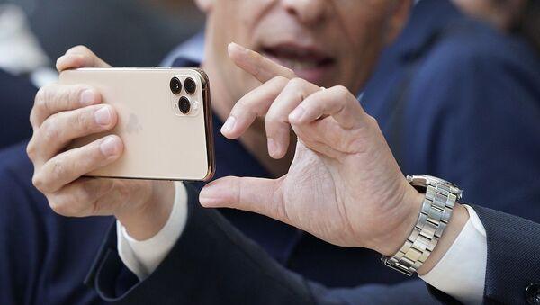 iPhone 11 Pro  - Sputnik Türkiye