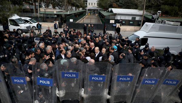 Selçuk Mızraklı'nın tutukluluğunun devamına karar verildi - Sputnik Türkiye