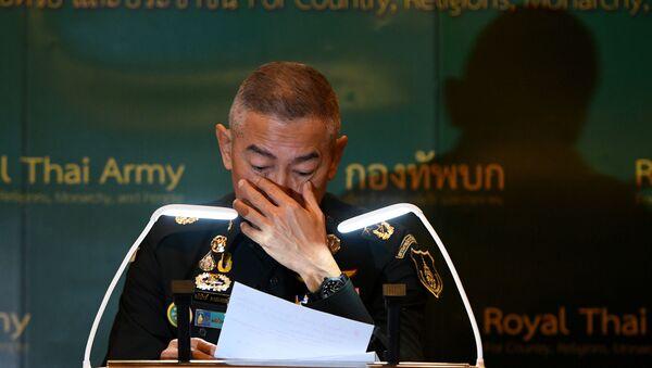 Tayland Genelkurmay Başkanı Apirat Kongsompong, bir askerin düzenlediği silahlı saldırı için özür diledi. - Sputnik Türkiye