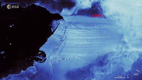 Antarktika'da Malta büyüklüğünde buzul yok oldu - Sputnik Türkiye