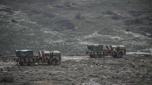 Çok namlulu roketatarlar Suriye sınırına konuşlandırıldı - Sputnik Türkiye