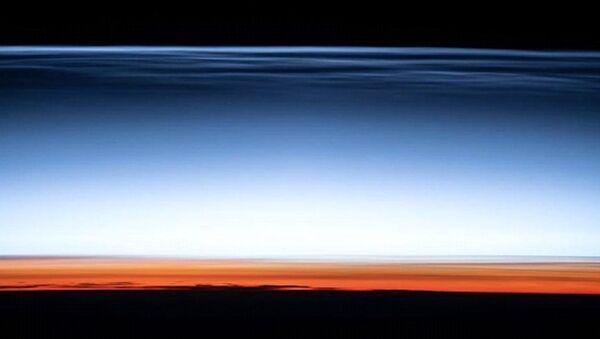 NASA atmosferin en uzak noktasındaki bulutların görüntüsünü paylaştı - Sputnik Türkiye