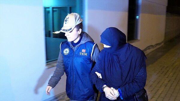 Bursa'daki IŞİD'li infazcının diğer oğlu ve karısı da yakalandı - Sputnik Türkiye